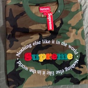Supreme t-shirt - NOTHING ELSE IN THE WORLD
